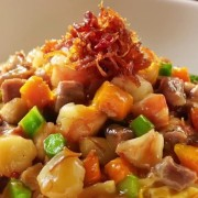Fujian Fried Rice - Conpoy Mushrooms Pork Assorted Vegetables and Egg in thick sauce - Causeway Bay