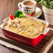 Baked Chicken Steak in Cream Sauce with Stewed Rice or Spaghetti - Causeway Bay