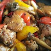 Chicken in Black Bean Sauce in Sizzling Claypot - Causeway Bay